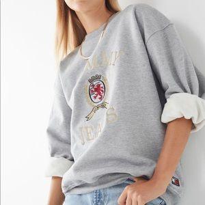 Tommy Jeans Crest crew neck sweatshirt